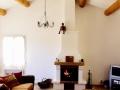 apd04ban7-grand séjour avec cheminée