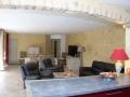 apd30sab1-maison en pierre avec cuisine ouverte