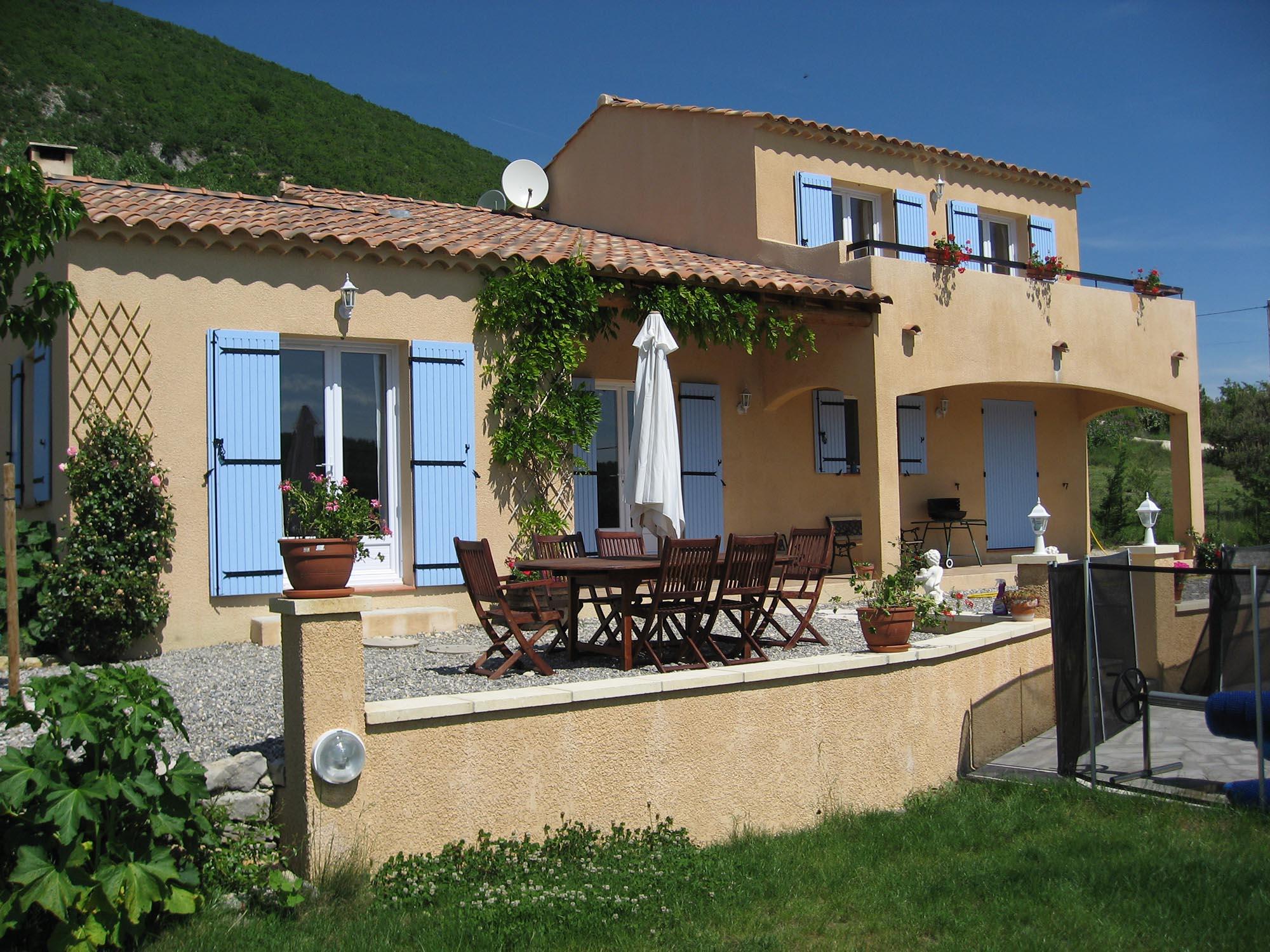 Apd04ban7 villa avec piscine pour de belles vacances en for Des belles villas