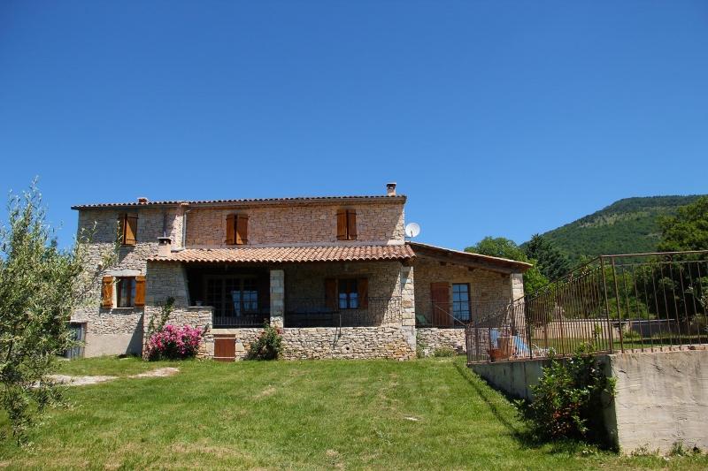 apd04lit- maison de vacance en provence