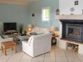 apd04sau1- grand sejour confortable avec cheminée